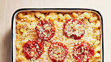baked macaroni with cheese and tomatoes