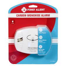 first alert basic plug in carbon monoxide alarm co600 1039730