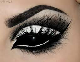 pin it on characters represented in catchy eye makeup