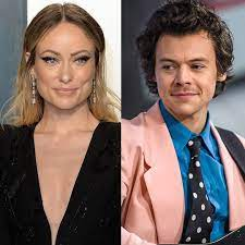 Signs Harry Styles and Olivia Wilde ...