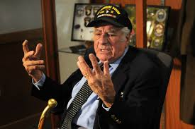 battle of the bulge essay u s department of defense photo essay  u s department of defense photo essay world war ii veteran vincent speranza pauses while recounting his causal essay topics