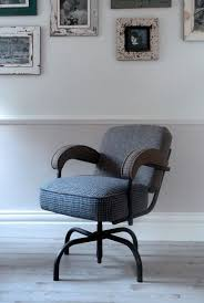 grudgy chairs