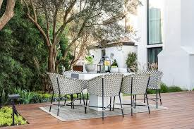 black and white rattan outdoor dining