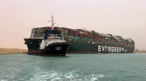 เรือขนส่งสินค้ายักษ์ เกยตื้นขวางคลองสุเอซ ทำจราจรอัมพาต : PPTVHD36