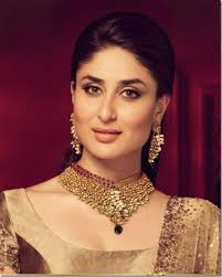 best makeup artists in delhi kareena kapoor as bride