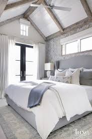 Best 25+ Rustic chic bedding ideas on Pinterest | Rustic bed ...