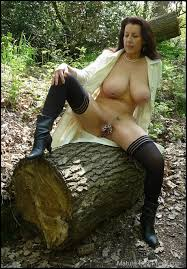 Free cunt outdoor mature