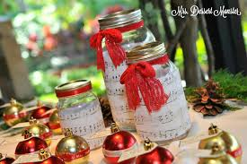 Mason Jars Decorated For Christmas Wedding Wednesday Christmas Wreath Mason Jar Centerpieces Mrs 49