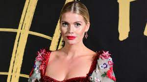 Lady Kitty Spencer and 5 more of the ...