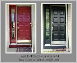 refinishing exterior steel doors. how to strip and paint an exterior door. www.stuffmomslike.com refinishing steel doors u
