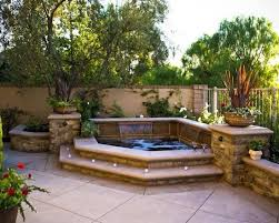 Hot tub or small pool idea - above ground with built in apppeal