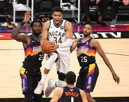 Phoenix Suns vs. Milwaukee Bucks NBA ...