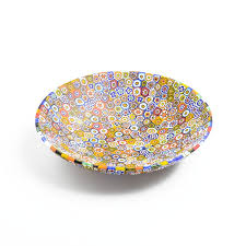 round shaped decorative plate with millefiori murrina this beautiful murano glass bowl has a contemporary design and it is an ideal decoration for any