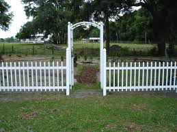 vegetables garden fence ideas for protection. Easy Garden Fence Ideas For Your Protection Vegetables
