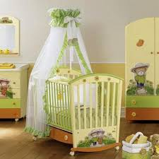 Image Room White Soft Yellow And Green Color Scheme For Baby Room Decorating Lushome Baby Room Ideas Decorating Mistakes To Avoid
