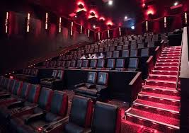 theaters make big changes to lure people back to the big screens the kansas city star