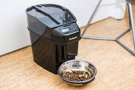 our also great pick for best automatic pet feeder the petsafe healthy pet simply feed