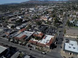 Library Plaza – Space Available Highly Trafficked San Fernando Valley Center