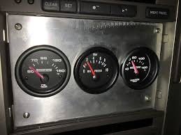 while it may be difficult to monitor these gauges while going for a hot lap around the track it still gives some piece of mind that we won t be guessing if