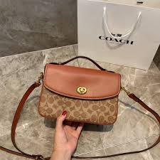 Childrens Designer Bags Baby Designer Bags Real Leather Handbag Fashion Totes Purse Harmars Brand Famous Women 5 Beach Bags For Girls Side Bags For Girls Online From