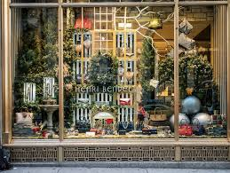 Where to see Christmas window displays at stores in New York City ...