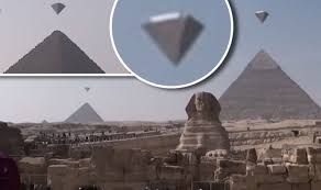 Pyramids Giza Clear At Crystal Ufos Footage Of Over Objects Bizarre aq5SzwxSR