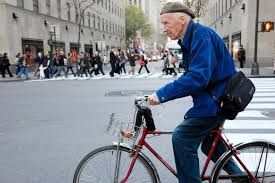 Bill Cunningham dies at 87; iconic <b>New</b> York Times photographer ...