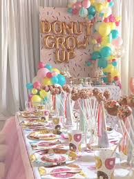 Donut party tables from a