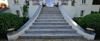 Sie bauen und wünschen sich ein schönes zuhause in ihrem ganz persönlichen stil? Natursteintreppe Aussen Garten Innen Bauen Renovieren Reinigen
