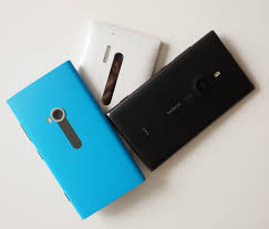 Lumia Nokia Rivalry Smartphone The A Shootout Between Sibling HfHAw