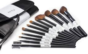 amazon professional studio quality 12 piece natural cosmetic makeup brush brushes set kit with pouch case bag beauty
