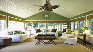 What Color To Paint A Living Room Paint Color Ideas For Living Room With Vaulted Ceilings