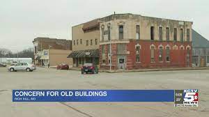 Old buildings in Rich Hill give ...