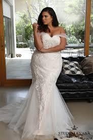 plus size bridal fashion friday introducing plus size bridal designer studio levana