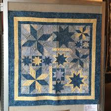 Guild Ribbon Winners | Mountain Piecemakers & 1st Place, Machine Quilted Bed Quilt – Gail Bredehoeft – A Different  Perspective Best of Show & 1st Place Art Quilt – Dianne Griffith – Rain,  Rain Adamdwight.com