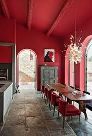 aménager la maison dans la gamme de la couleur carmin red roomscouleur