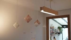 Een Houten Lichtbalk Voor Boven Tafel All About Diy