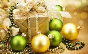 Green And Yellow Christmas Decorations