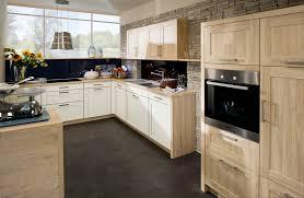 Einbauküche U Form Kuche Mit Kochinsel Hochglanz Plan