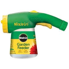 miracle gro next generation 500 sq ft garden feeder