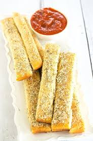 a copycat recipe for pizza hut breadsticks made from scratch chewy ery
