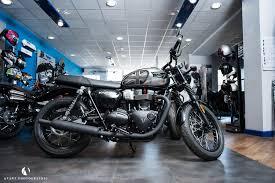 custom triumph motorcycles avant commercial