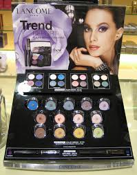 Eyeshadow Display Stand Magnificent Eyeshadow Display Stand MAC Makeup Displays 32 Websiteformore