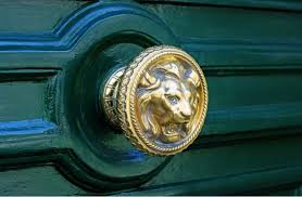 choosing victorian door s handles and furniture