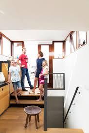 Woongids Zo Maak Je Van Een Oud Graanschip Een Duurzaam Huis Van