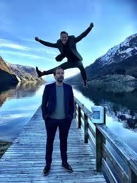 Heine totland and gisle børge styve play their best acts from the shows «musikk e komme for å bli» og «musikk folkens!» lyrics in norwegian. Heine Totland Home Facebook