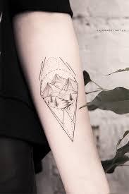 черно белые тату подходят всем а дотворк это мой любимый стиль