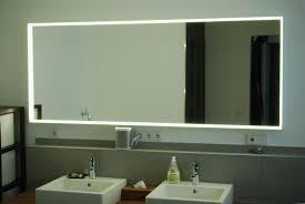 Badspiegel Mit Beleuchtung Obi Typisch Spiegel Mit Lampen Plus Groß