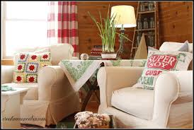 Slipcovers Living Room Chairs Living Room With White Slipcovered Furniture Creative Cain Cabin