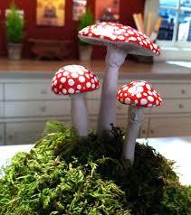 garden mushroom decor